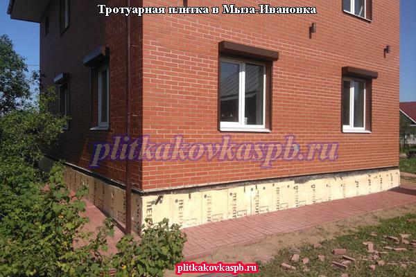 Укладка брусчатки в Мыза-Ивановке (Гатчина)